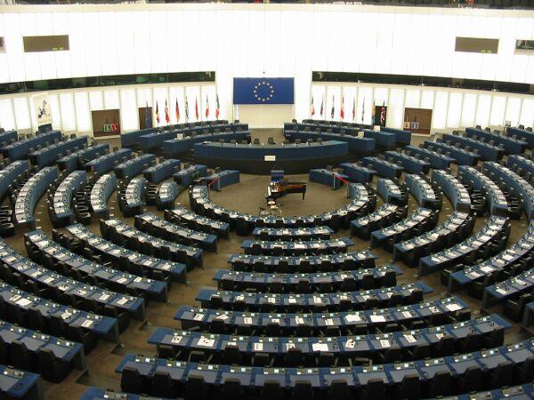 Elezioni europee: cresce l'euroscetticismo, incertezza sul futuro dell'Unione