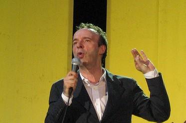 Il genio di Roberto Benigni e il vil denaro dei detrattori