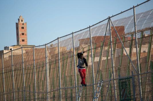 La Fortezza Europa innalza nuovi muri