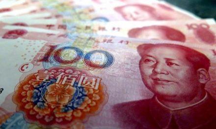 Cina: svalutare per resistere in un quadro mondiale