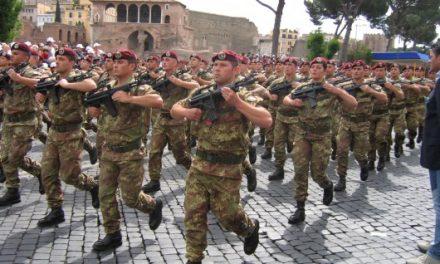 La leva obbligatoria del soldato Salvini