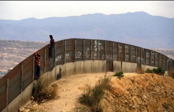 """Flaviano Bianchini: """"Il mio viaggio con i migranti nell'inferno messicano"""""""