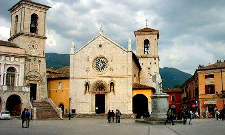 La basilica di San Benedetto, simbolo di una tragedia annunciata