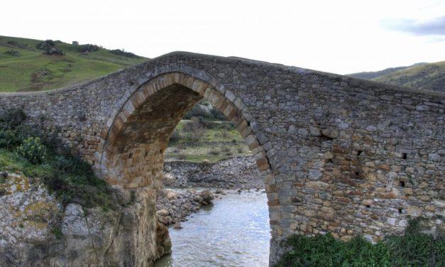 L'antico Ponte di Cerami a rischio crollo, ma è ancora possibile salvarlo
