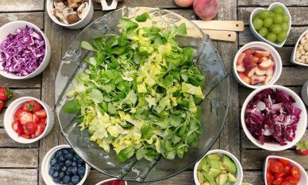 Alimentazione sostenibile: tassare i cibi meno sani per aiutare l'ambiente