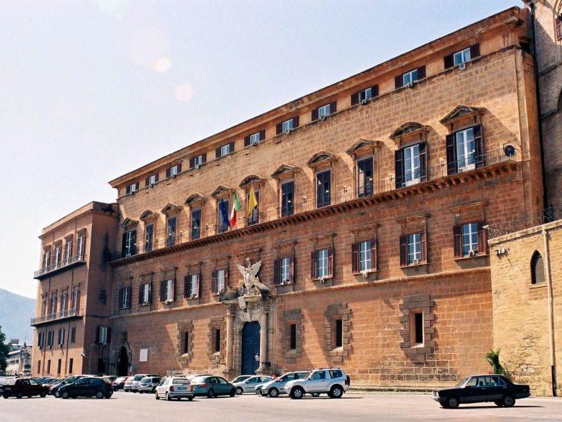 Dati Covid e Regione Sicilia: al di là delle indagini, c'è un aspetto politico rilevante