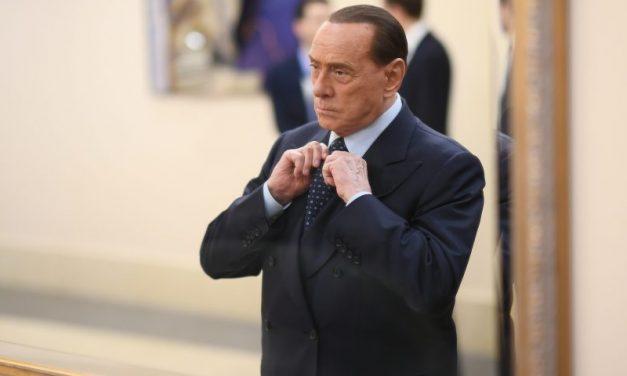 Il ritorno di Berlusconi, l'uomo che visse infinite volte