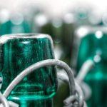 Niente più usa e getta: riciclare il vetro è più ecologico e sicuro
