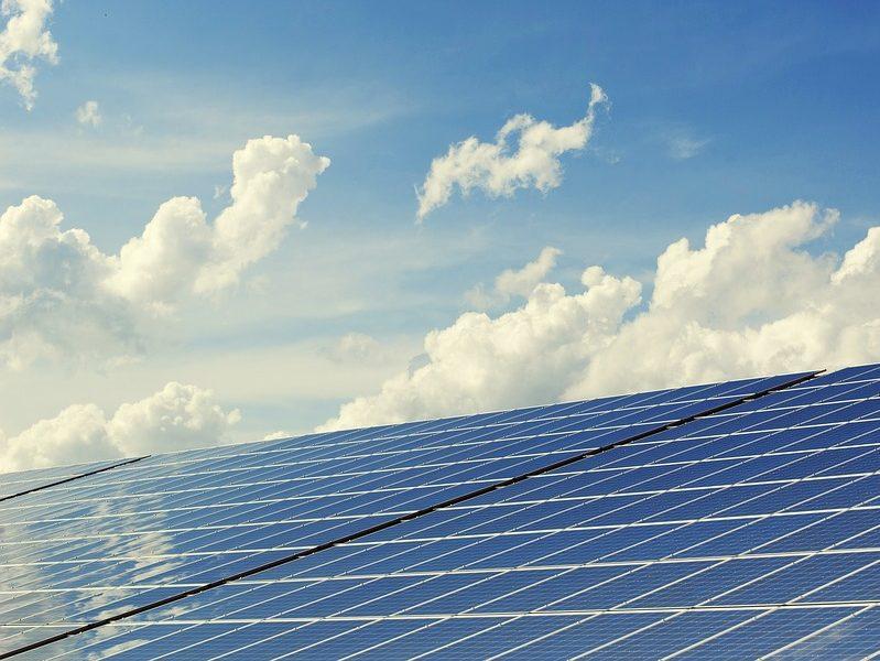 Nel 2018 l'energia rinnovabile ha battuto il carbone