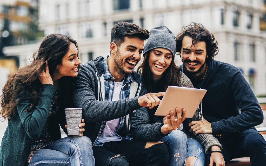 Indagine sui millennials, generazione senza santi né eroi