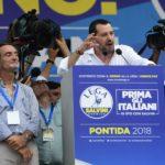 Carola querela Salvini, ma rischiano anche gli hater