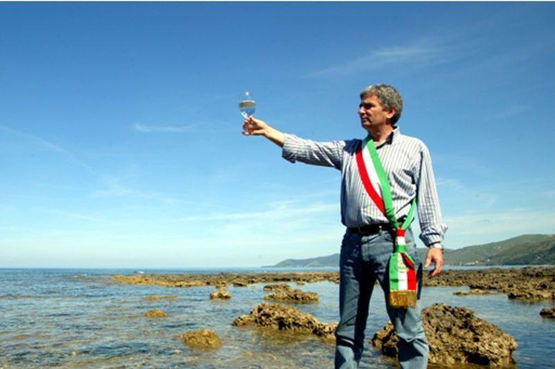 Pollica non dimentica Angelo Vassallo e attende verità e giustizia