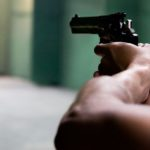 Legittima difesa sarà legge entro marzo: aumenteranno le vendite di armi in Italia?