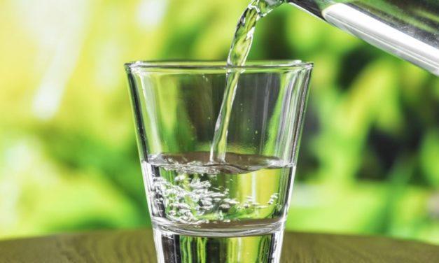 Right2Water: delusi da Bruxelles su diritto all'acqua potabile