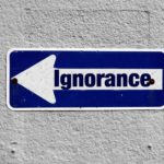 Ignoranza, disvalore ineluttabile?