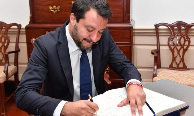 Puntare il dito su Salvini non basta a ripulirsi la coscienza