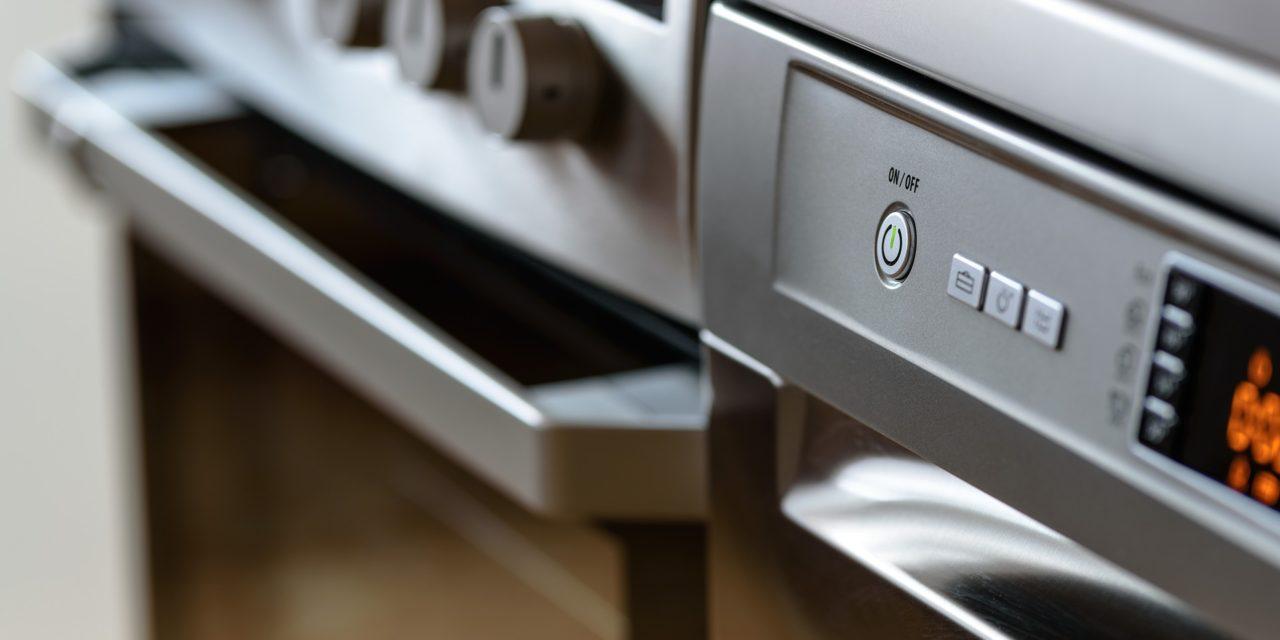 Risparmio energetico e riutilizzo: stop agli elettrodomestici usa e getta