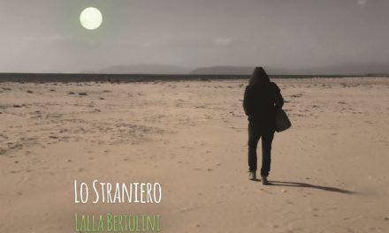 Il viaggio nel tempo di Lalla Bertolini, tra cantautorato e poesia