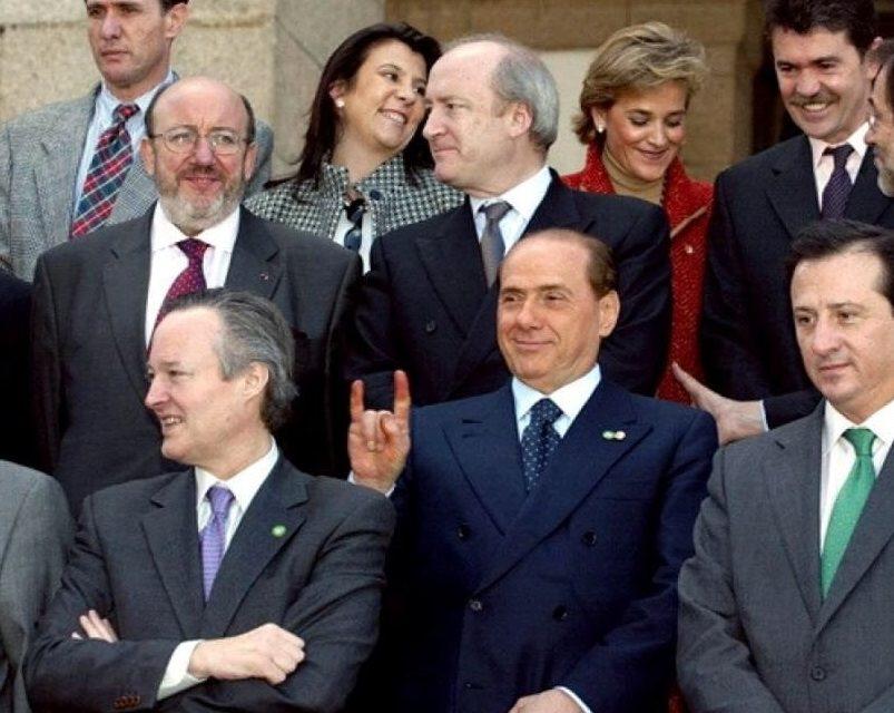 L'eterno ritorno del Cavaliere: ricordiamo davvero Berlusconi?