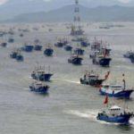 Ecuador: flotte di pescherecci cinesi stanno distruggendo il mare delle Galapagos