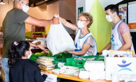 Progetto Arca: una vera cucina mobile e solidale per le strade di Milano