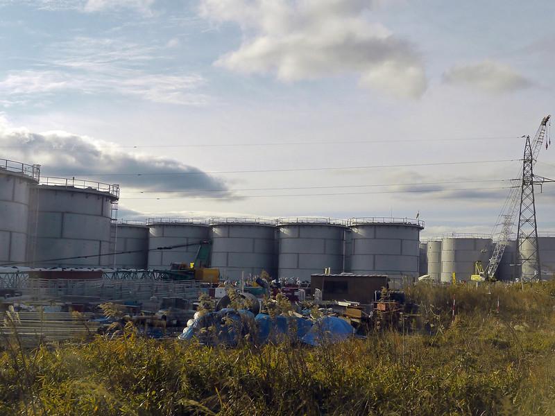 Fukushima: il governo giapponese svuoterà le cisterne di acqua reflua radioattiva nell'oceano