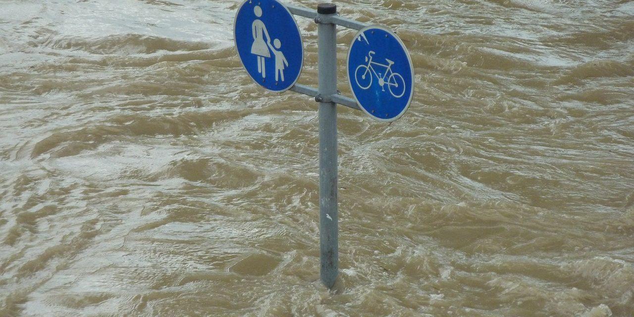 Uno studio dimostra che c'è anche la mano dell'uomo sugli eventi climatici estremi